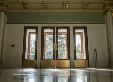 Lincoln Hall image